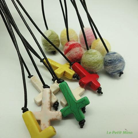 Diffuser Needlefelting Roundy Cross Charm Bookmark