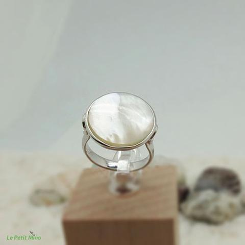 Ladies 925 Sterling Silver Mother of Pearl Ring 2