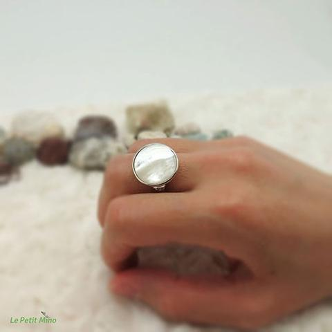 Ladies 925 Sterling Silver Mother of Pearl Ring 1