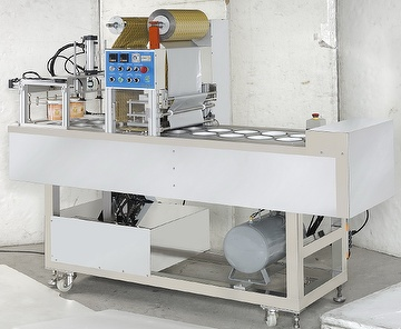 Fully automatic bucket sealing machine