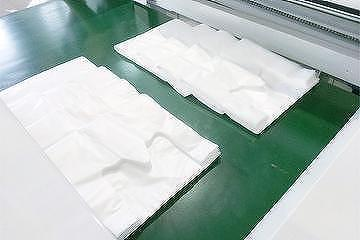 Cutting sealing machine plastic bags