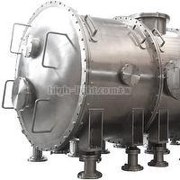 Cylindrical vacuum chamber design