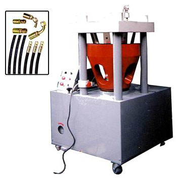 Rubber hose metallic joint cramp machine
