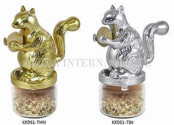 SQUIRREL NUT GRINDER