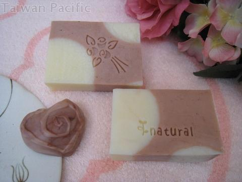 Red clay-Superine clay handmade soap