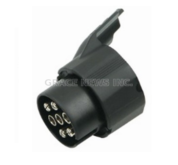 ADAPTER FOR TRAILER PLUG
