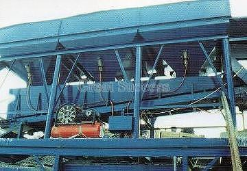 Aggregate Bin with Weighing Belt Conveyor