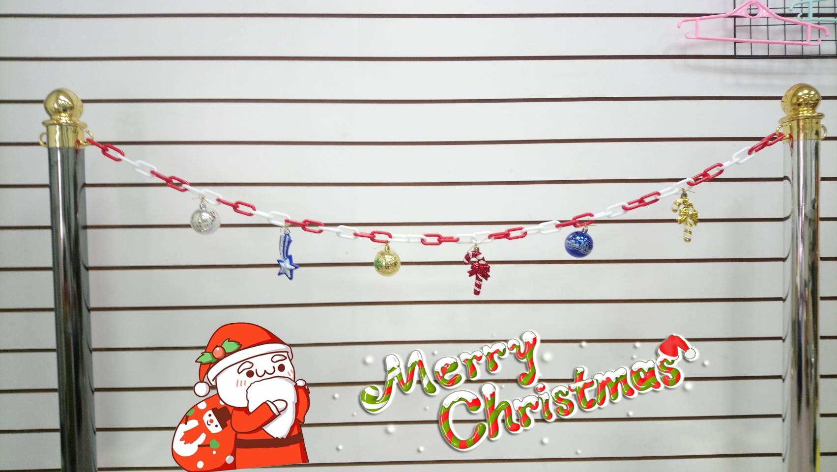 christmas ornaments chain