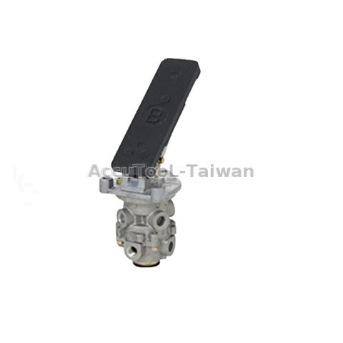Brake Valve Assy for Nissan UD ck520 ck45 Foot Brake