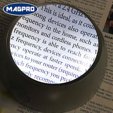 lighted dome magnifier paperweight