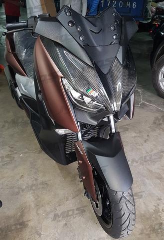 mos yamaha xmax カーボン フロントパネル carbon fiber front shield