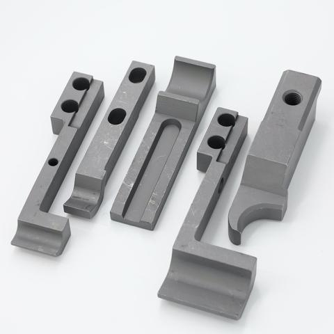 Special type of tool mold, nut mold transferring workpieces