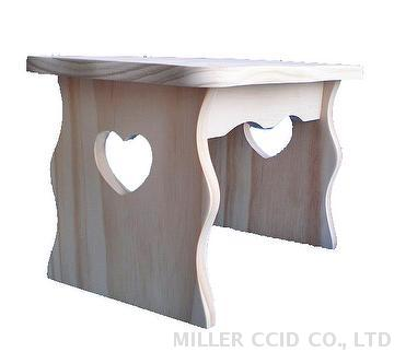 Heart Shape Pine Chair