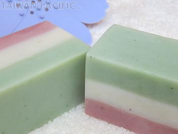 Superine clay handmade soap-Integrated