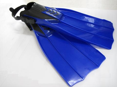 Thermoplastic Dive Fins