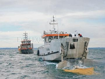 EFINOR Workboats & Oil Cleanup Vessels