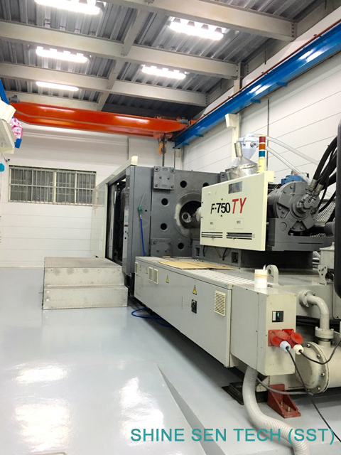 Shine Sen 750T plastic injection machine