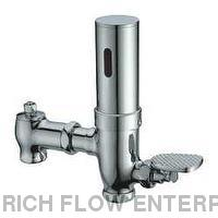 Exposed Wall Toilet Automatic Flush Valve
