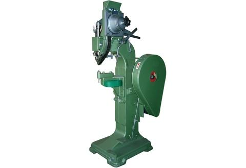 Auto. Riveting Machine