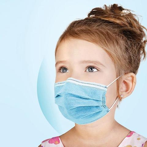 Girl wearing Children Disposable Face Mask