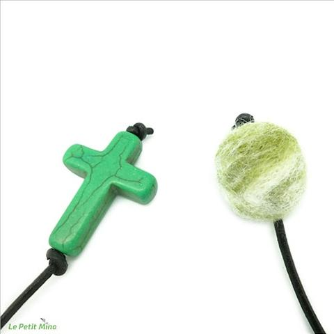 Green Needlefelting Roundy Green Cross Diffuser Bookmark