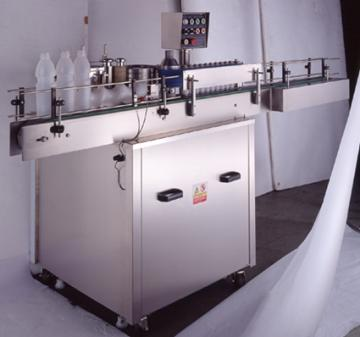Glue type paper labeling machine