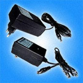 NiMH/NiCd Battery Charger