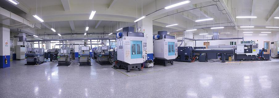 Cheinfu tec factory, manufacture of CNC lathing, turning, milling and machine parts
