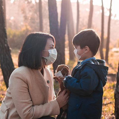 Mom and kid wearing Disposable Face Mask