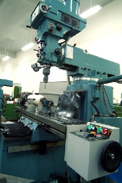 assemble on milling machine, suitable for new or used milling machine