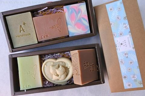 Clean face and body. Fresh and clean handmade soap gift box