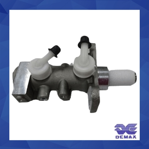 Hydraulic brake master cylinder, made by Demax, professional auto part manufacturer