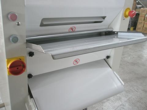 Dough Flattener Pasta Sheeter