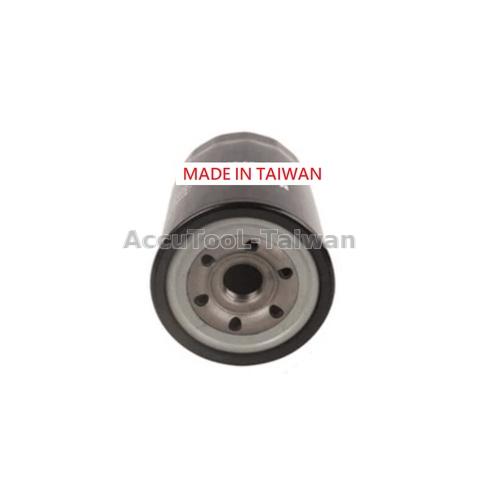 30 pcs Oil Fuel Filter Element 15613-E0080