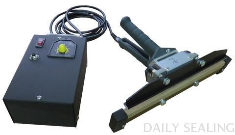 Portable impulse heat sealer