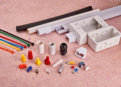 Wiring devices & accessories