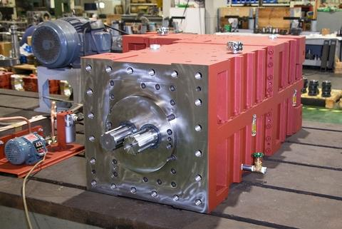 Gearbox for Co-rotating Parallel Twin Screw Extruders