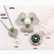 New Jade and Shell Pearl Brooch and Pendant