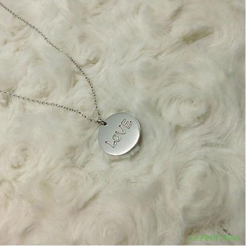 Silver Necklace Love Round Pendant Platinum-Clad