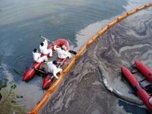 Skimmer Boat