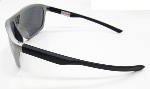Sports sunglasses, Fashion sunglasses