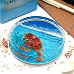 Sea Life Liquid filled Acrylic Paperweight,Turtles survive, shaking the floating pearls to fill in the hinded message
