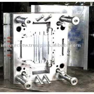 Injection plastic molds manufacturer