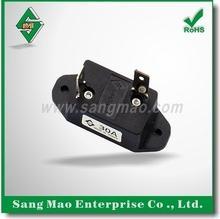 Auto Circuit Breaker Plug
