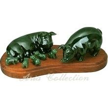 Taiwan Jade Carving - Pig Family