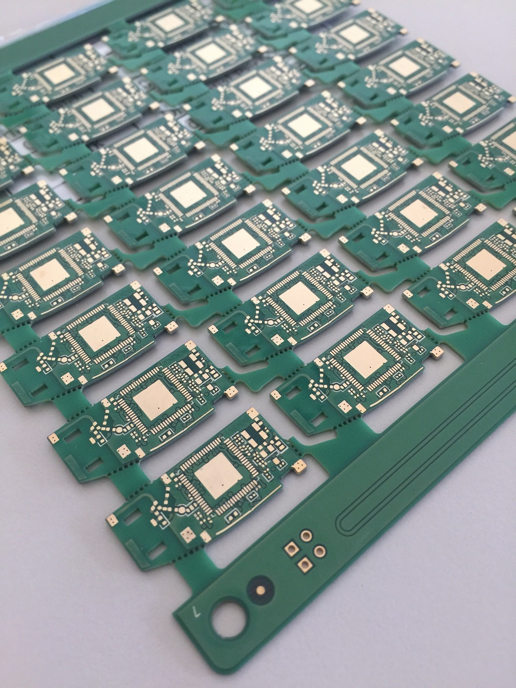 Taiwan Rigid Pcb 6l Impedance Control With Blind Via Design Printed Circuit Board Six Layer Micro Controller