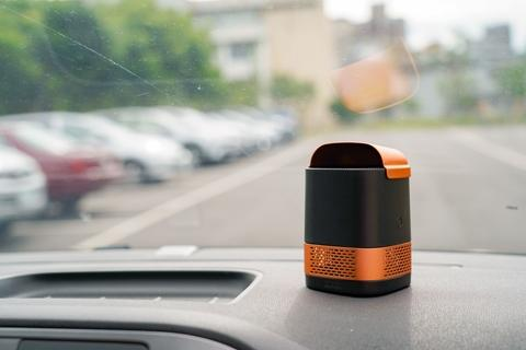 LUFT Duo Portable Air Purifier for car (Black Gold)