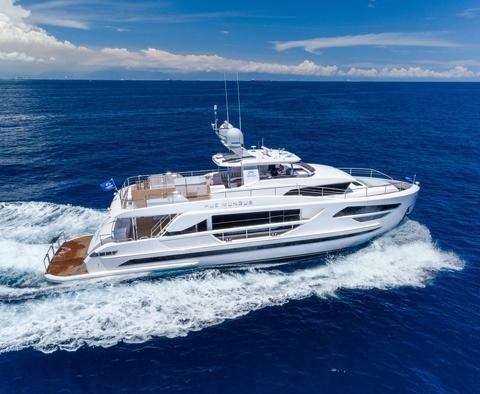 87feet luxury motor yacht