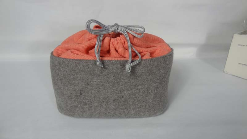 Felt Lunch box bag with drawcord