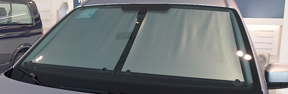 Toyota-Wish-Car-Sunshade-PINNOKI